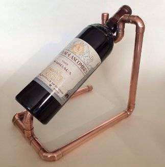 Deko-aus-Kupferrohren-Weinflaschenhalter-Selfio