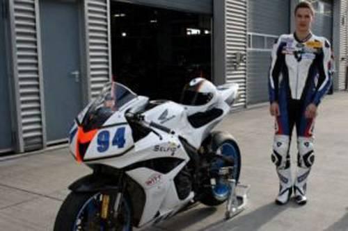 Selfio-Sponsor-Motorrad-Team-Honda-Moto-Felix-Bauer-2