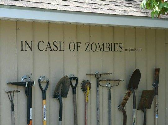 Selfio-funny-zombie-tools