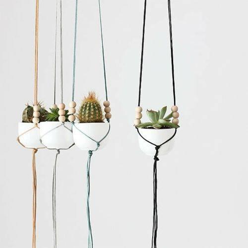 DIY-Gartendeko-bunte-haengepflanzen-selfio
